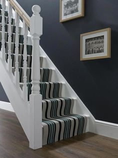 Cheap Carpet Runners For Stairs Hallway Decorating, Buying Carpet, Stair Runner Carpet, Living Room Flooring, Staircase Design, Living Room Carpet, Carpet Stores, Home Decor, Stairs