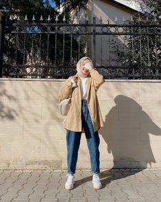 Hijab Fashion Summer, Modest Fashion Hijab, Modern Hijab Fashion, Street Hijab Fashion, Hijab Fashion Inspiration, Korean Girl Fashion, Teen Fashion Outfits, Muslim Fashion, Mode Inspiration