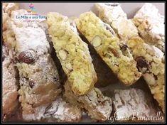 CANTUCCI morbidi MANDORLE e CIOCCOLATO Italian Cookie Recipes, Italian Cookies, Italian Desserts, Biscotti Cookies, Biscotti Recipe, Italian Almond Biscuits, Cookie Desserts, Pasta, Coffee Cake