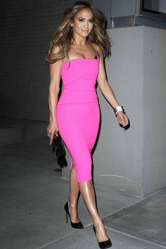 Jennifer Lopez Rocks Fuchsia Body-Con Out And About In NYC, 2014
