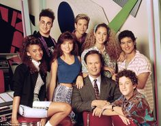 Inside Chicago's Saved By The Bell replica diner | Daily Mail Online