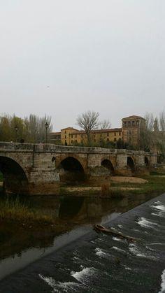 Puente de San Marcos en #leonesp #sanmarcos #riobernesga #fotochula