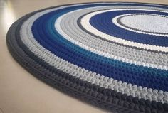 1.8 m #tricote #crochet #crochetrug #tshirtyarn #tshirtyarnrug #hoooked #hoookedzpagetti #trapillo #knitting #crochetaddict #giantyarn #giantcrochet #israel #handmade #blue #rug #carpet #crochetlove