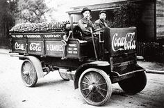 Rapid Motor Co. delivery truck, 1909 ~ first delivery of coca cola to knoxville, tn.