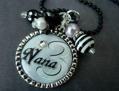 nana & gmom necklaces