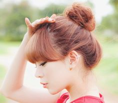 love this updo! - I want these bangs. How they are a bit long on the sides.