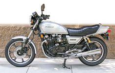 A look back at the Kawasaki Kawasaki Motorcycles, Cars And Motorcycles, Gpz, Z 1000, Japanese Motorcycle, Cycling Quotes, Cafe Style, Touring Bike, Fire Dragon