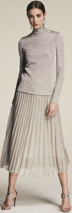 Trending Timeless Style - We've got for Ralph Lauren Looks, Ralph Lauren Style, Ralph Lauren Collection, Camille Hurel, High End Fashion, Mode Style, Skirt Fashion, Timeless Fashion, Autumn Winter Fashion