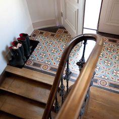 Mintás terazzo lépcsőfordulóba