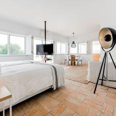 Conversas de Alpendre (Vila Nova de Cacela, Algarve) Verified Reviews | Tablet Hotels Vacation Days, Algarve, Hotels, Ceiling Lights, Contemporary, Design, Home Decor, Decoration Home, Room Decor