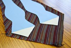 !!!!! I need this! I spend a fortune on bow ties for my boys! DIY Bow Tie pattern from an old straight tie.
