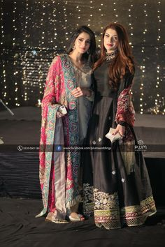 Pin by Iram Awan on wardrobe in 2019 Indian Attire, Indian Outfits, Indian Dresses, Pakistani Dresses, Stylish Dresses, Casual Dresses, Fashion Dresses, Casual Wear, Stylish Suit