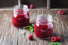 Wanna make Instant Pot Raspberry Jam? Oh and I also have FREE pressure cooker recipes especially for you :) Raspberry Syrup, Raspberry Recipes, Jam Recipes, Raw Food Recipes, Canning Recipes, Detox Recipes, Recipies, Fruit Preserves, Fruit Jam