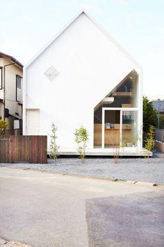 paris2london:  (via House H by Hiroyuki Shinozaki Architects In Matsudo, Chiba, Tokyo | Yatzer)