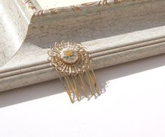 Vintage yellow rose cameo golden filigree hair comb.