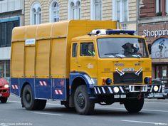 •♥• Csepel D-754, Budapesti Közlekedési Vállalat Zrt. | Jelcz CAB •#1• Emergency Vehicles, Commercial Vehicle, Ambulance, Old Cars, Budapest, Cars And Motorcycles, Poland, Trucks, Retro