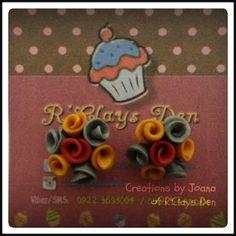 Clay Flower earrings  www.facebook.com/rclaysden