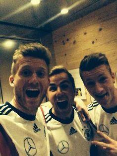 Andre Schürrle, Mario Götze und Marco Reus. #DieMannschaft