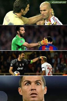 Cristiano sees that Buffon touch ad what it does to goal scorers. Troll Football, Football Soccer, Football Players, Cristano Ronaldo, Cristiano Ronaldo Cr7, Funny Football Memes, Adidas Soccer Shoes, Soccer Motivation, Football Photos