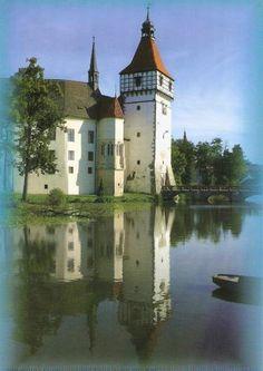 Castle Blatna, Czech Republic Lets Go Castles Amazing discounts - up to off… Castle Ruins, Medieval Castle, Tower Castle, Beautiful Buildings, Beautiful Places, Flight Booking Sites, Castle In The Sky, Chapelle, Kirchen