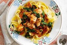 Slimming World's chicken pappardelle recipe - Recipes - goodtoknow Laura Lee, Chicken And Potato Curry, Potato Rice, Pappardelle Recipe, Slimming World Chicken Recipes, Slimming Recipes, Slimming Eats, Cooking Recipes, Healthy Recipes