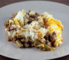 Simple Hamburger Pie Recipe with Garlic Mashed Potatoes