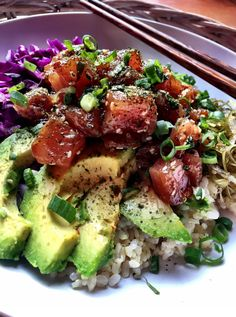 In this Spicy Poke recipe, sushi-grade ahi is dressed in the most delicious spicy Asian marinade and accompanied by all of your favorite bowl fixin's. Sushi Recipes, Asian Recipes, Dinner Recipes, Cooking Recipes, Avocado Recipes, Spicy Poke Recipe, Antipasto, Seafood Dishes, Seafood Recipes