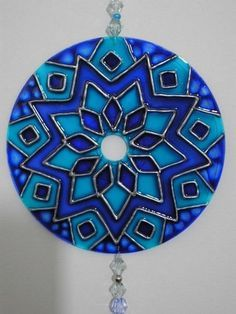 1 million+ Stunning Free Images to Use Anywhere Cd Diy, Glass Painting Designs, Paint Designs, Old Cd Crafts, Arts And Crafts, Recycled Cds, Mirror Art, Mosaic Mirrors, Mosaic Art