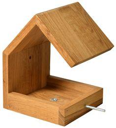 Nistkästen & Vogelhäuser - Bauhaus-Futterhaus aus Eichenholz mit Anflugstange - ein Designerstück von garten-liebe bei DaWanda
