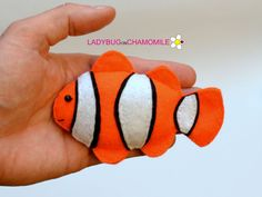 Any sorts of Handmade felt fabric Toys, Magnets, Ornaments and Crib mobiles. Fabric Toys, Felt Fabric, Colorful Fish, Tropical Fish, Felt Fish, Fish Ornaments, Cute Fish, Angel Fish, Handmade Felt