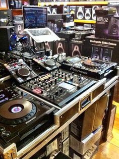 DJ Phil.K's new live set-up - 2x CDJ2000 in advanced HID mode running Traktor decks A & B. 2x Denon DNSC2000 running midi to Traktor decks C& D + effects and hot cues for all decks. DJM2000 in USB mode acting as audio interface for Traktor.
