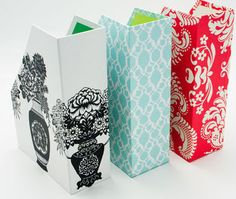 DIY magazine storage holder from a cardboard box Diy Magazine Holder, Magazine Storage, Cardboard Box Crafts, Paper Crafts, Cute Crafts, Diy Crafts, Craft Storage, Book Storage, Storage Boxes