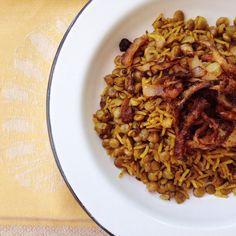 o arroz com lentilha mais perfeito do mundo | http://comalaemcasa.com.br/2014/12/arroz-com-lentilha/