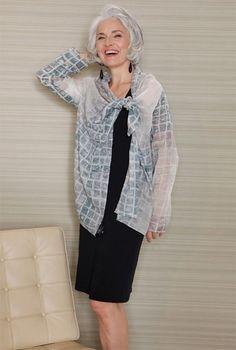 Платье для женщины среднего возраста