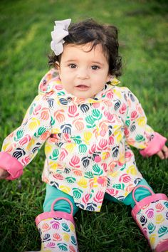 #britneejphotography #umbrella #photography #kids #cutekids #rainydays #rain #cute #children #silver #lining #ideas #portrait
