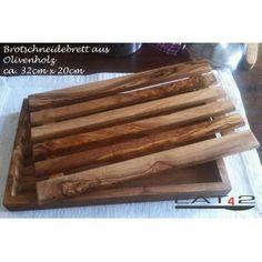 #Brotschneidebrett #Schneidebrett #Brot #Olivenholz #Holz #Geschenk #bread #cutting board