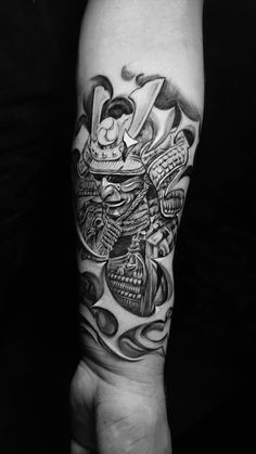 Black and grey Japanese samurai tattoo on inner sleeve by Dylan C Montreal Tatto. - Black and grey Japanese samurai tattoo on inner sleeve by Dylan C Montreal Tattoo artist - Half Sleeve Tattoos For Guys, Full Sleeve Tattoos, Leg Tattoos, Body Art Tattoos, Tattoos For Women, Samurai Tattoo Sleeve, Japanese Tattoo Art, Japanese Tattoo Designs, Japanese Sleeve Tattoos