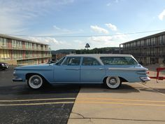 dig this wagon!!! 1961 Plymouth