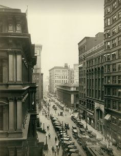 View of an automobile-crowded Eighth Street. Looking north toward Locust Street, St Louis, 1926