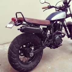 tw200-custom-sg-bike-4a