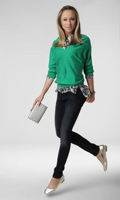 Shimmering metallic accessories make a simple outfit standout. #fashion #styleinspiration