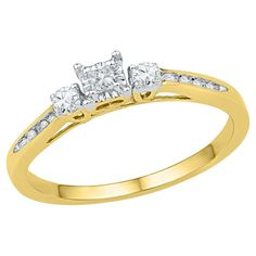 1/6 CT. T.W. Round and Princess Diamond Prong and Nick Set Three Stone Ring in 10K Yellow Gold
