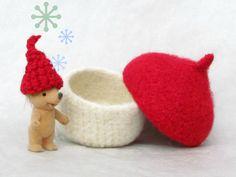 acorn Felt bowl decor - Organic eco-friendly - waldorf toy - red and white valentine - treasury storage