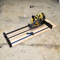 How to Make a Circular Saw Crosscut Jig and Router Guide 2 in 1 : 9 Steps (with Pictures) - Instructables #Circular #Crosscut #GUIDE #Jig #Router #woodworking bench #woodworking design #woodworking furniture #woodworking jigs #woodworking techniques #DiyWoodworkingSimple Woodworking Jigsaw, Woodworking Desk, Woodworking Crafts, Woodworking Techniques, Scroll Saw Patterns, Wood Patterns, Table Saw, Diy Table, Jigsaw Table