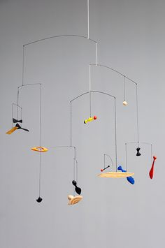 Alexander Calder - Constellation Mobile, 1943 by de_buurman, via Flickr Alexander Calder, Mobiles Art, Mobile Sculpture, Kinetic Art, The Artist, Hanging Mobile, Outdoor Art, Constellations, Art Lessons