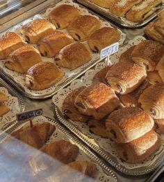Think Food, I Love Food, Good Food, Yummy Food, Brunch, Eat This, Food Goals, Cafe Food, Croissant