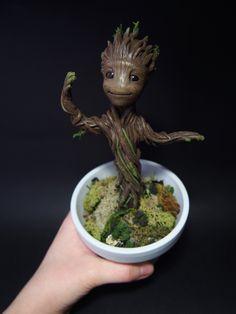 Dancing baby Groot!