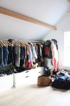 Rotterdam. Contemporary Wardrobe Design.  Vintage, modern, luxury or eclectic closet. Wich are you favourites? See some decor tips for your own interior projects, walk in closets and wardrobes here: http://www.pinterest.com/homedsgnideas/