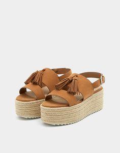 Pantofi din iută cu platformă și ciucure - PULL&BEAR