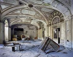 The Haunting Ruins Of Detroit